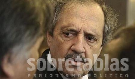 Ricardo Colombi prestó juramento de Ley como gobernador
